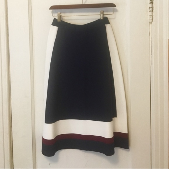 6da5e399fc1c Tory Sport Colorblocked Tech-Knit Skirt. M 5b7c7dc91070ee58cb98a471